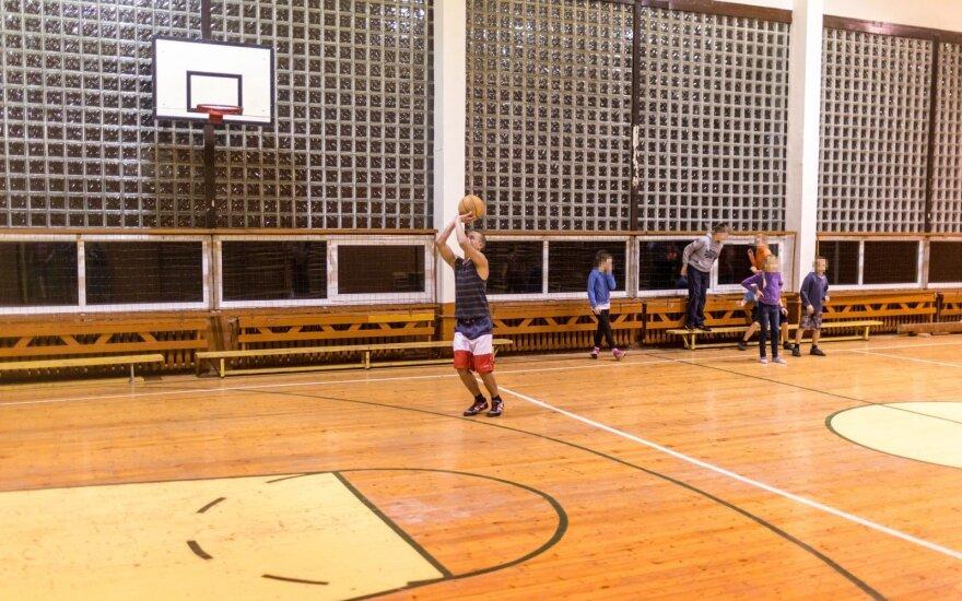 SAM parengė naujus reikalavimus mokyklų sporto salėms