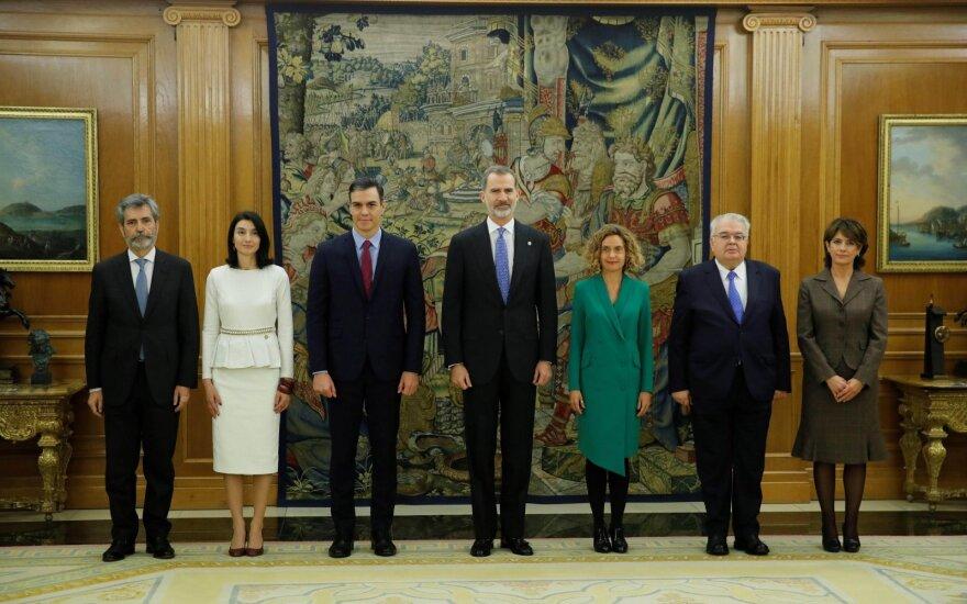 Karalius Felipe VI patvirtino naująją Ispanijos vyriausybę