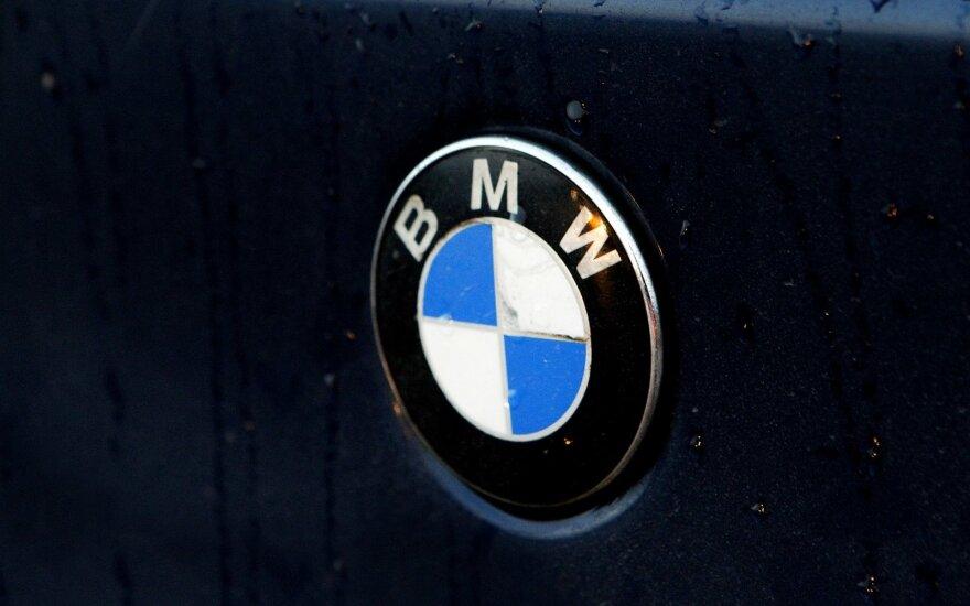 """BMW mėgėjai suvažiavo į socialinę akciją """"Būk Mandagus Wairuotojas"""""""