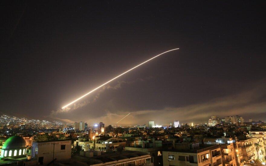 JAV prieš Rusiją imasi naujų veiksmų: dabar visi tai pajus