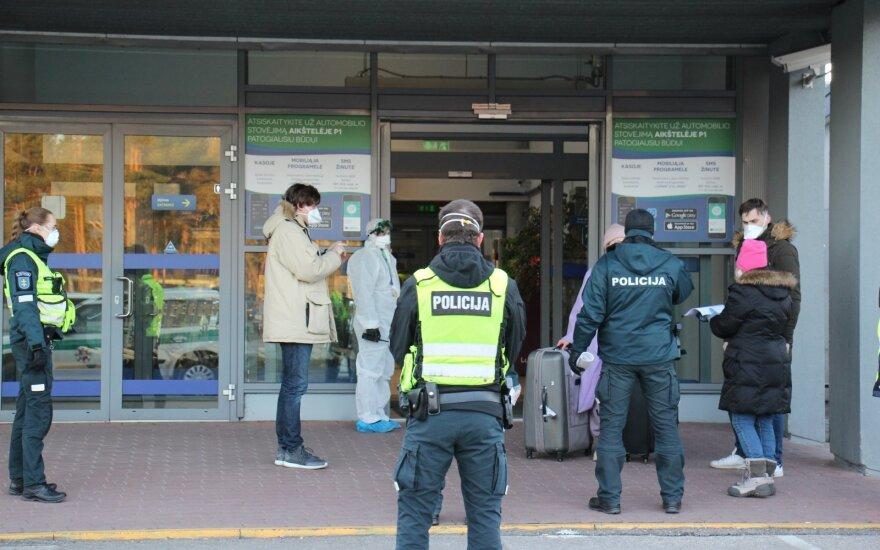 Policija dėl koronaviruso atlieka dešimt ikiteisminių tyrimų
