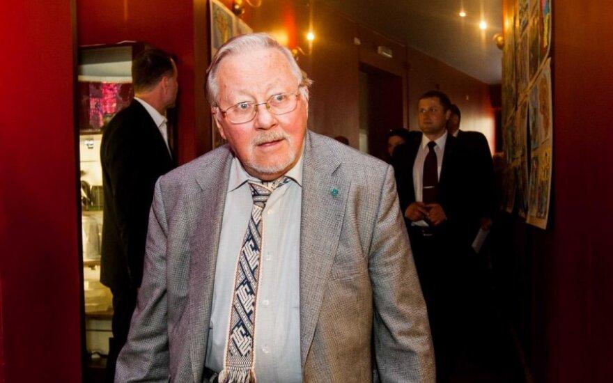 V. Landsbergis džiūgauja: užkirstas kelias referendumui
