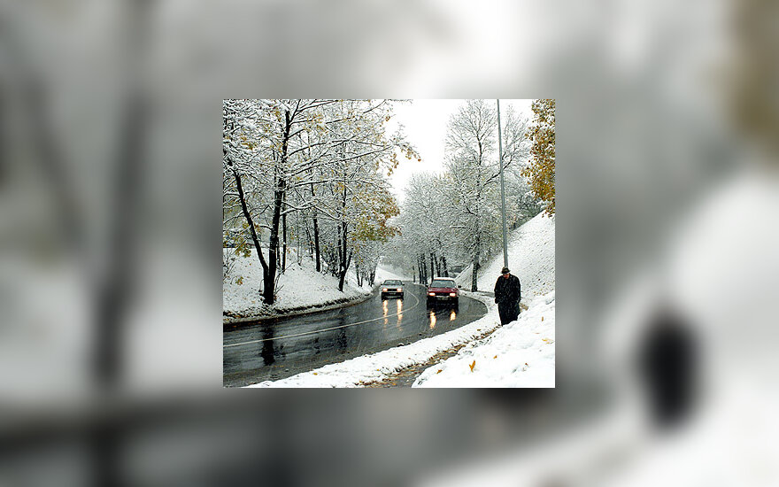 Sniegas, automobilis, gatvė