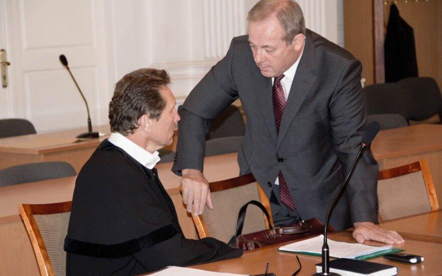 Romualdas Mikliušas, Romas Adomavičius