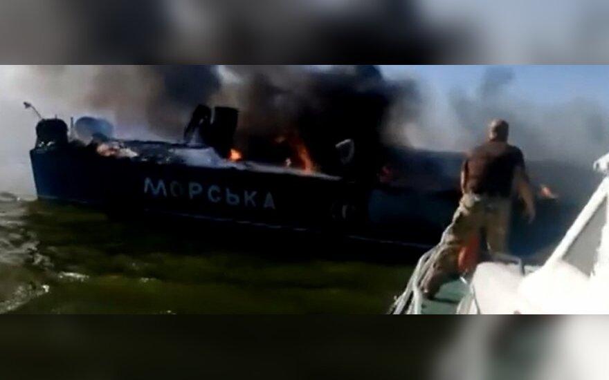 Vaizdo įraše – prie Mariupolio apšaudytas patrulių kateris