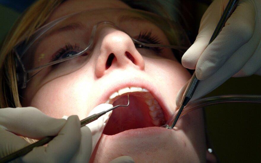 Dantų protezavimo technologijose – naujovės