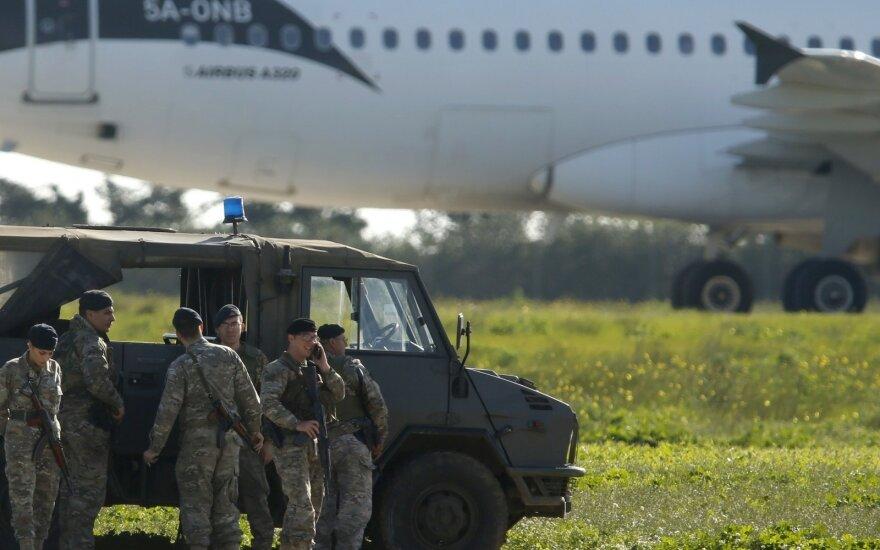 Maltoje nusileido užgrobtas Libijos keleivinis lėktuvas: keleiviai paleisti, pagrobėjai paprašė politinio prieglobsčio