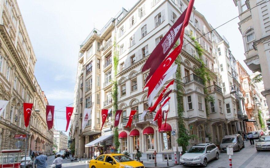 Turkijos verslininkai skundžiasi ištuštėjusiais viešbučiais