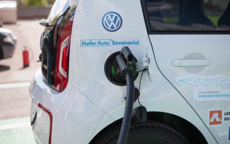 Kaip greitai lietuviai persės į hibridinius ar elektrinius automobilius