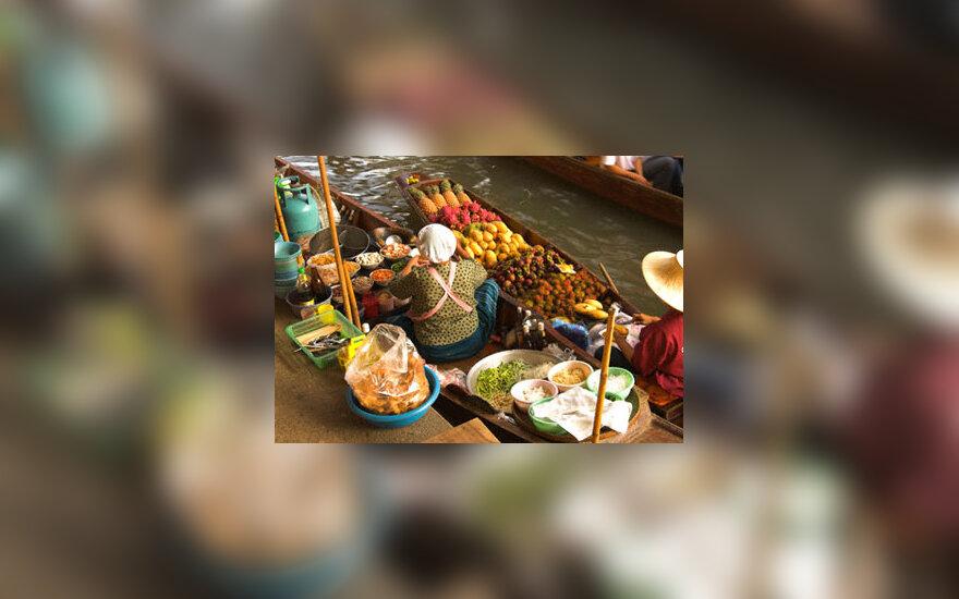 Maistas gabenamas valtele (Tailandas)