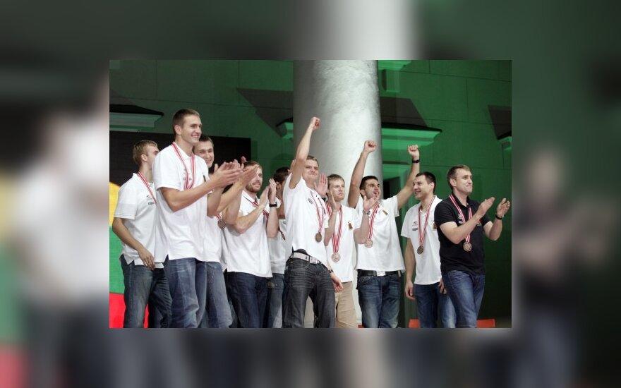 Lietuvos vyrų krepšinio rinktinės sutikimas Vilniaus Rotušės aikštėje