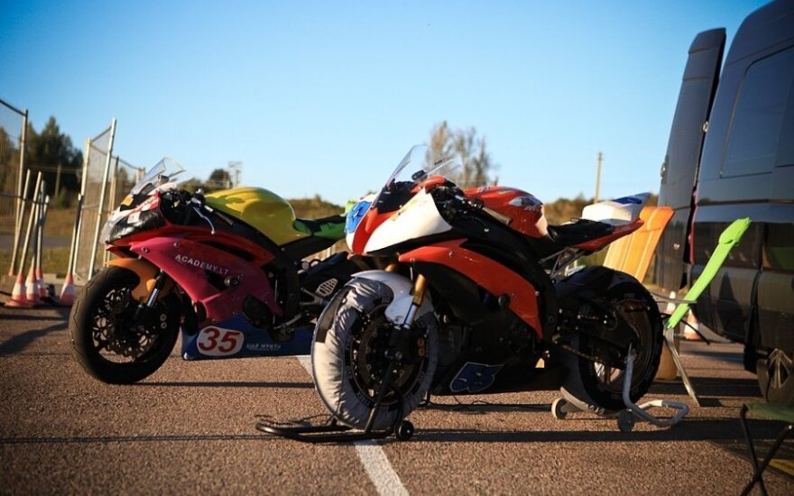 Motociklininkai ruošėsi saugiam važinėjimui rudenį