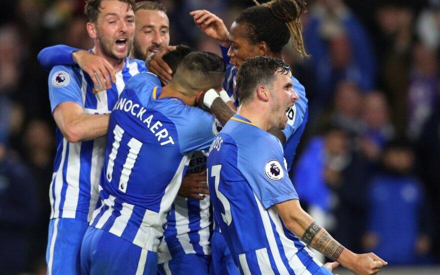 """Po Jose Izquierdo įvarčio džiaugiasi """"Brighton"""" ekipos futbolininkai"""
