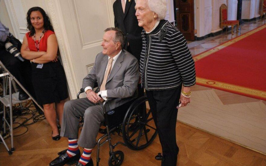 George'as Bushas vyresnysis su žmona