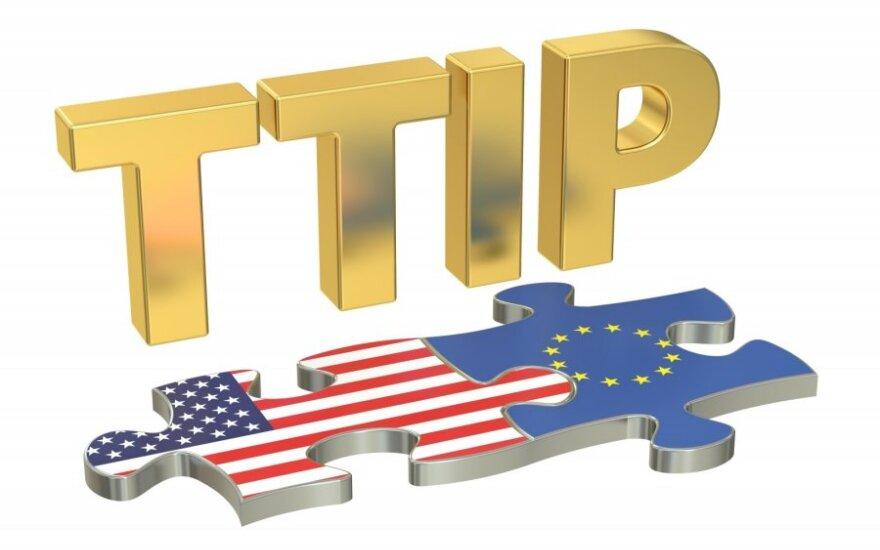 P. Moskovisi: nėra prasmės atidėlioti ES ir JAV derybų