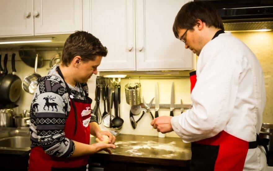 Deivio kulinarinis košmaras: visiškai sudeginta virtuvė