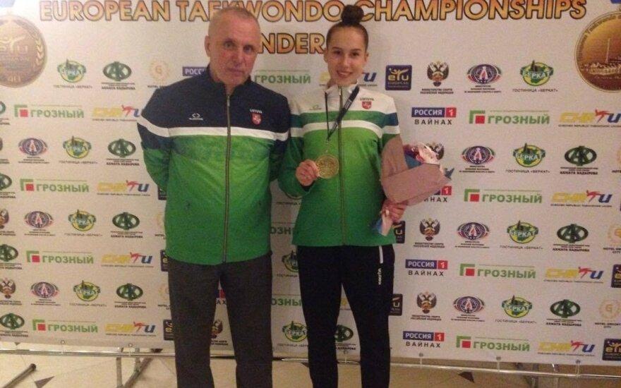 Klaudija Tvaronavičiūtė ir treneris Romualdas Montvidas
