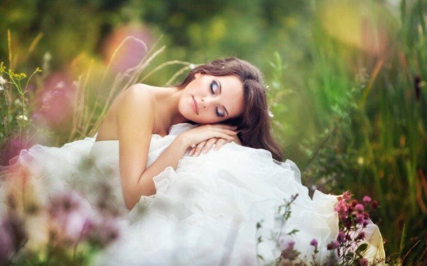 Vestuvinis makiažas: šių metų nuotaka panaši į deivę