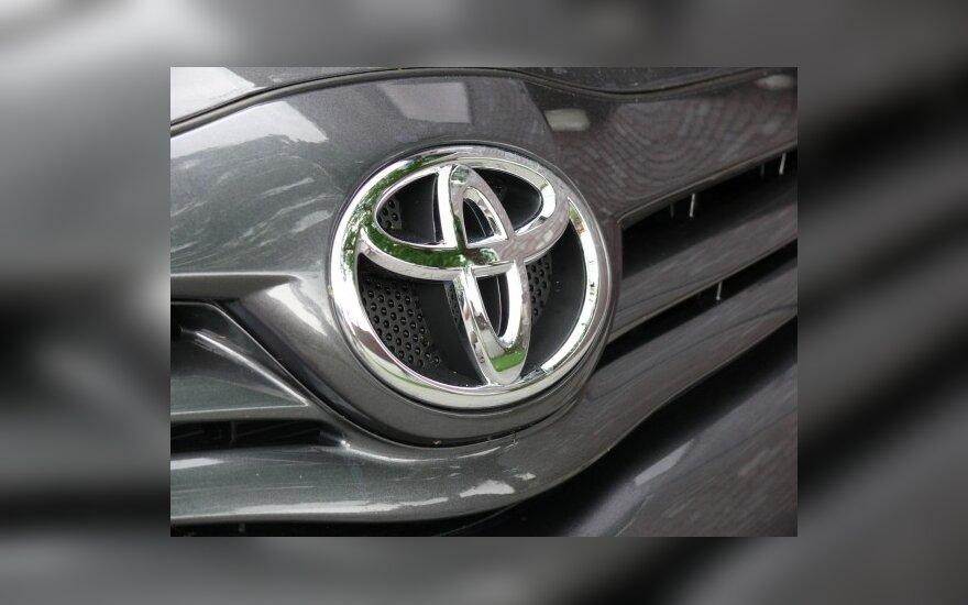Japonijos automobilių gamintojai pelnosi iš atsigaunančių rinkų