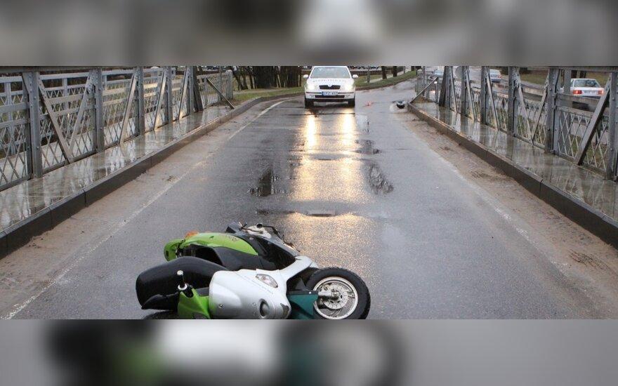 Motorolerio avarija Šilutėje
