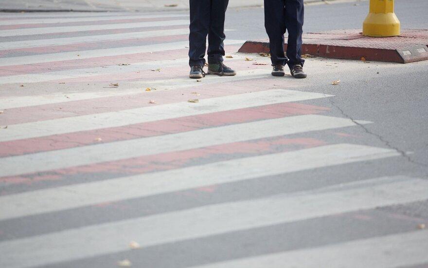 Marijampolėje sužalota nepilnametė, ieškoma eismo įvykio liudininkų