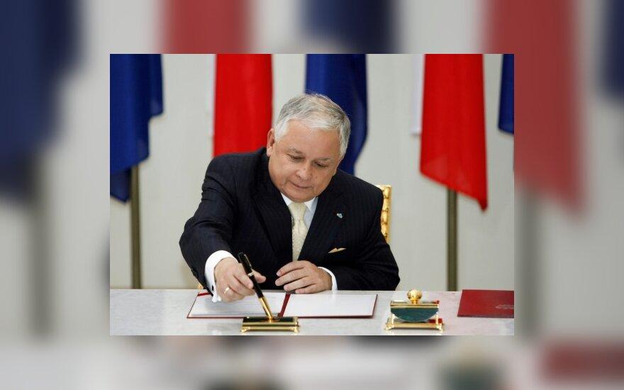 Lenkijos prezidentas dėl sveikatos būklės neatvyks į Vilnių