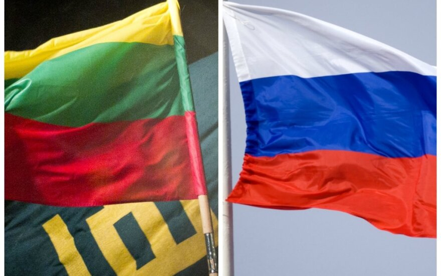 Lithuanian and Russia's Federation flags