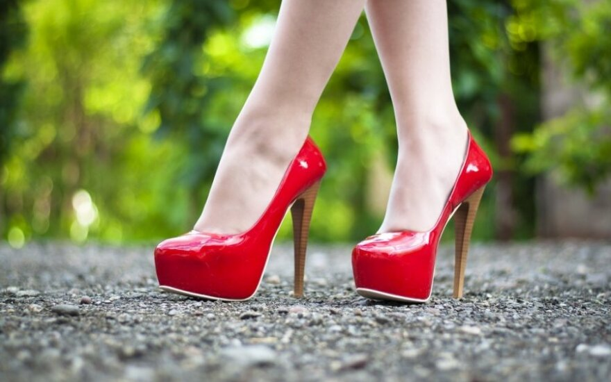 Priėjo prie negailestingos išvados: merginomis skundžiasi tik nevykėliai