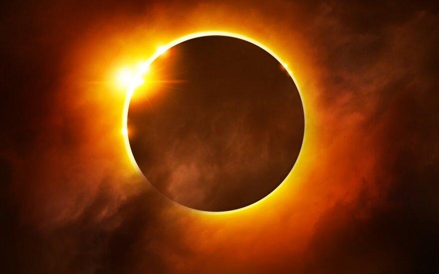 Saulės užtemimas: kaip jis mus paveiks ir ką vertėtų nuveikti jo belaukiant