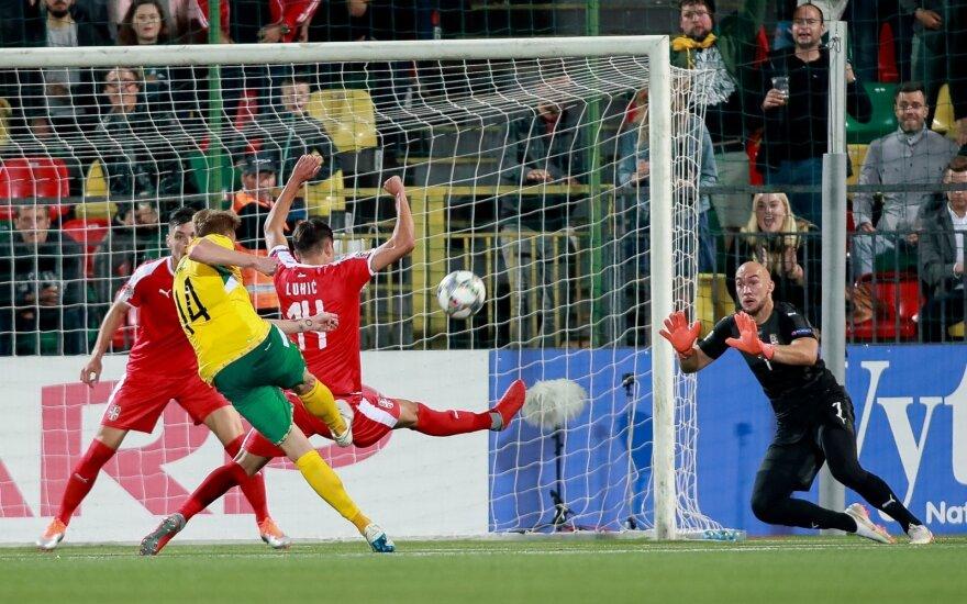 UEFA Tautų lyga: progų neišnaudojusi Lietuvos rinktinė apmaudžiai nusileido Serbijai