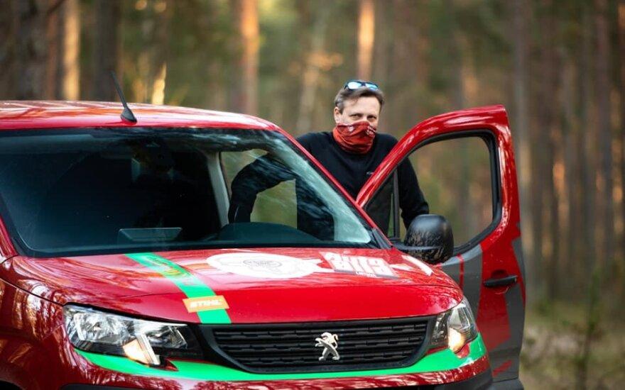 Vitoldas Milius žvyrkeliais įveikė 1640 km – su furgonu apvažiavo aplink Lietuvą