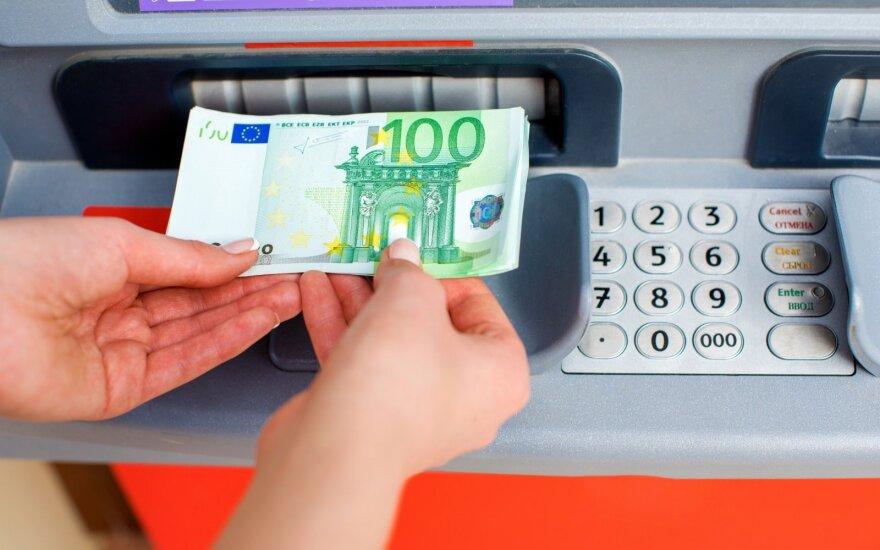 Šių metų centrinės valdžios sektoriaus perteklius - beveik pusė milijardo eurų