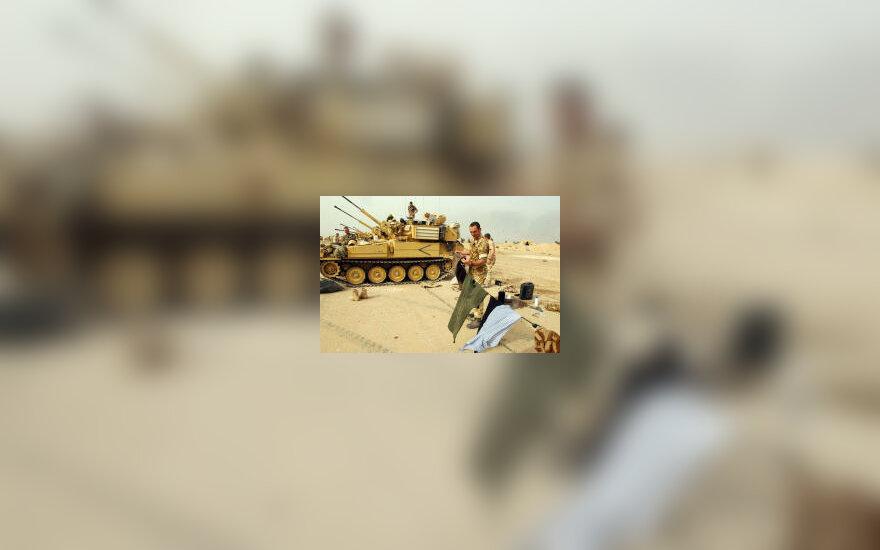 Irake kariaujantys škotai, sudžiauti rūbai, karas Irake