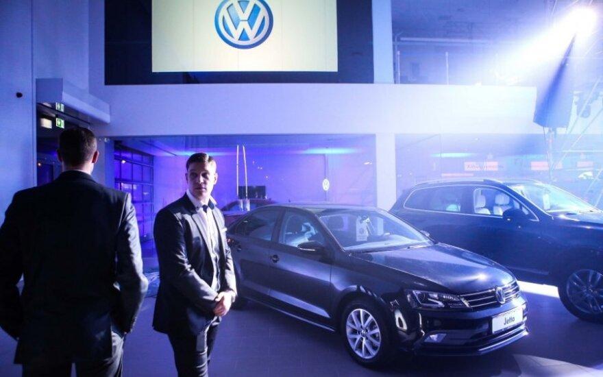 """""""Volkswagen"""" Vilniuje atidarė didžiausią saloną"""