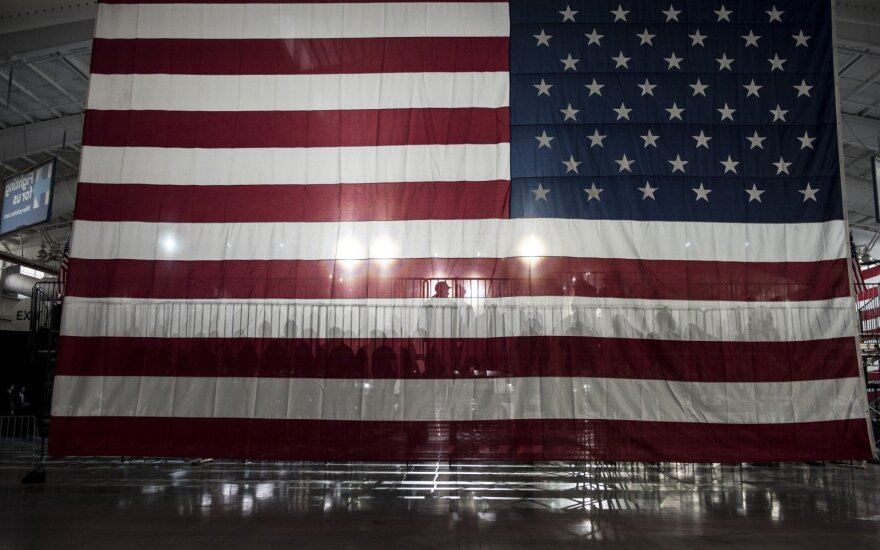 JAV centrinis bankas: ekonomikos sąlygos JAV pagerėjo