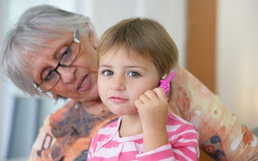 Nugirstas močiutės ir anūkės pokalbis nuvylė: tai – emigracijos pasekmė