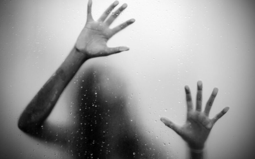 Šiurpi vaikystės istorija: senelių namuose mergaitę persekiojo mirusio vaiko dvasia