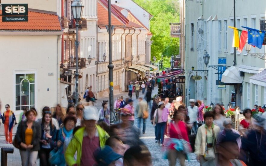 Vilnius posts 7.5 pct growth in Q1 tourist arrivals, German tourist numbers soar 40 pct
