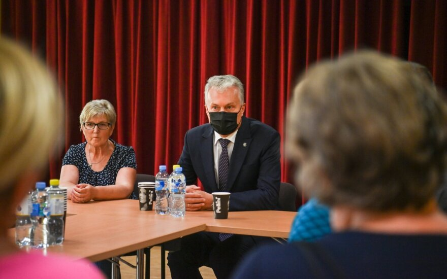 Prezidentas Gitanas Nausėda susitinka su Dieveniškių bendruomenės atstovais