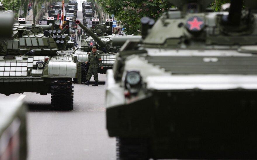 Prorusiški separatistai Ukrainoje parodė, kokios ginkluotės turi