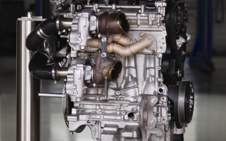 Volvo kuria 450 AG variklį su trim turbinom