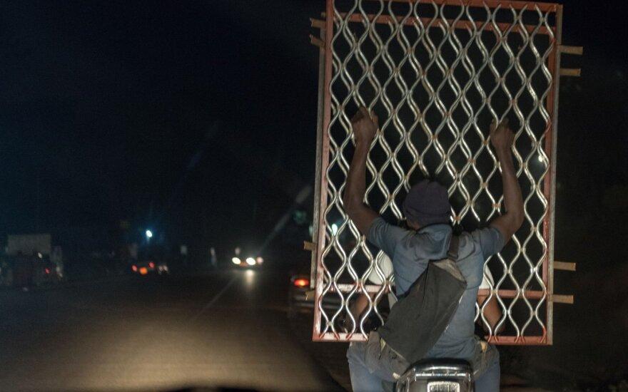 Kamerūno kariuomenei kovojant su separatistais kenčia civiliai
