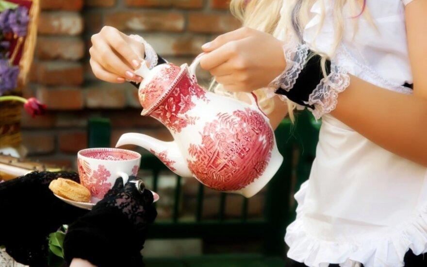 Kodėl žolininkė artimiesiems neleidžia gerti atvežtinių arbatų