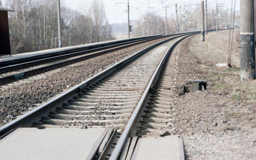 """""""Rail Baltica"""" galėtų būti lėtesnė"""