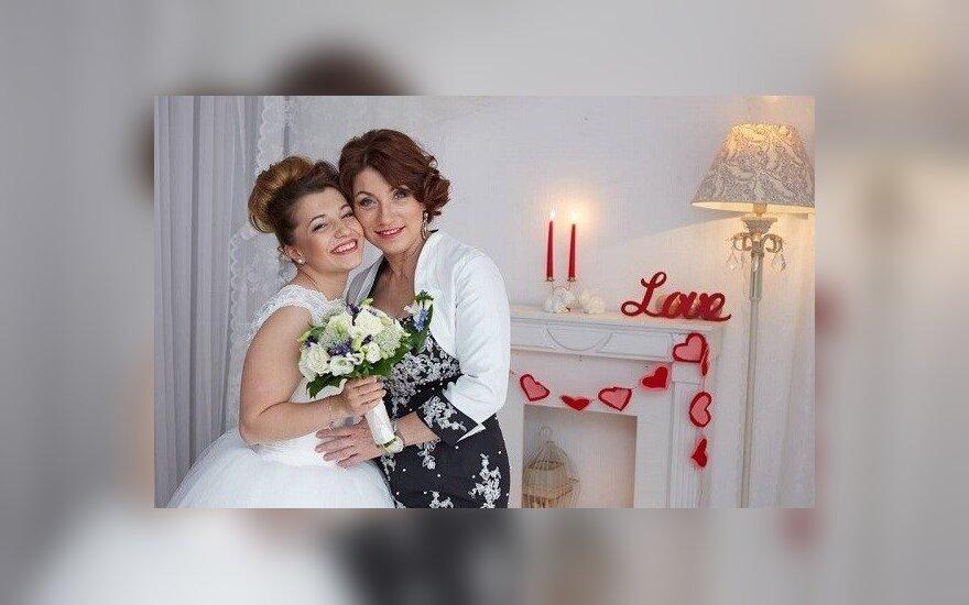 """Ведущей """"Давай поженимся"""" запретили секс перед свадьбой"""