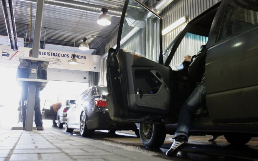 Ką turi žinoti norintys įregistruoti iš užsienio įvežtą automobilį