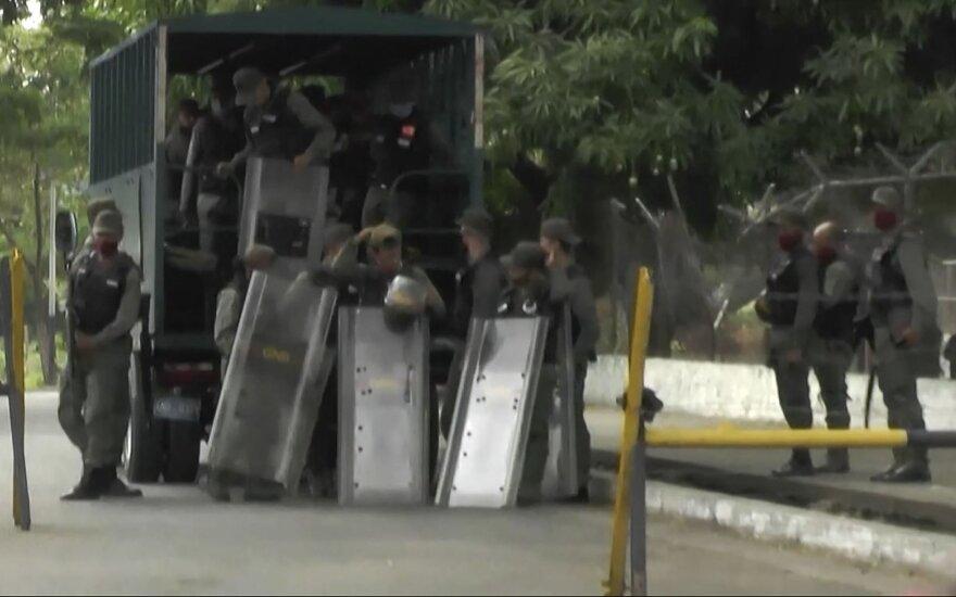 Venesuelos kalėjime kilo riaušės