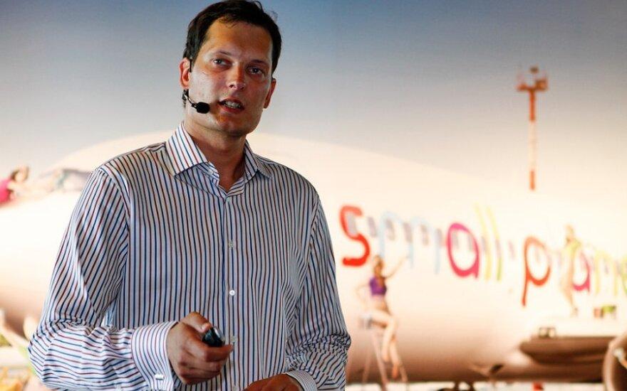 """""""Small Planet Airlines"""" planuoja žengti į naujas rinkas"""