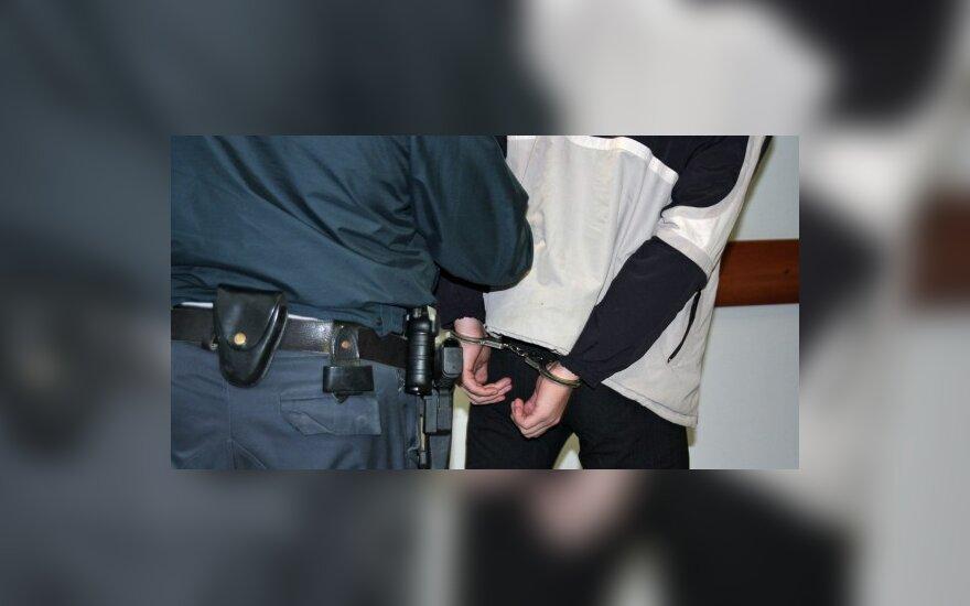 Pensininko žudikai įkliuvo plėšikaudami Telšiuose