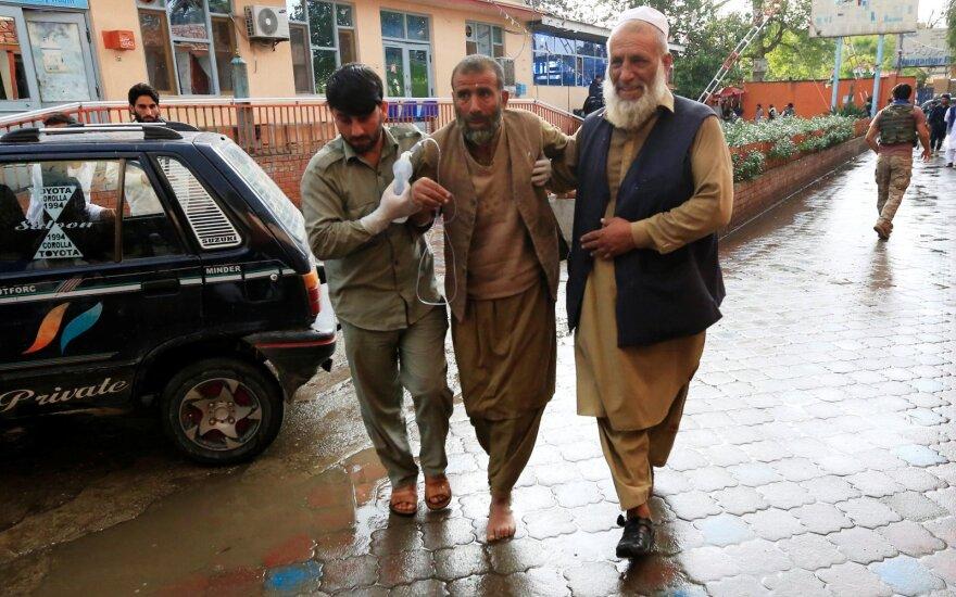 Afganistane per sprogimą mečetėje žuvusių žmonių skaičius išaugo iki 62